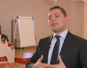 Kinderbetreuung absetzen: Jürgen Heissenberger im Interview mit dem ORF